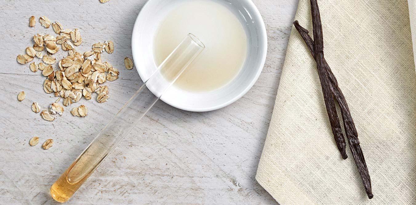 Extraction de l'essence de vanille d'une gousse de vanille pour les produits JOHNSON'S®